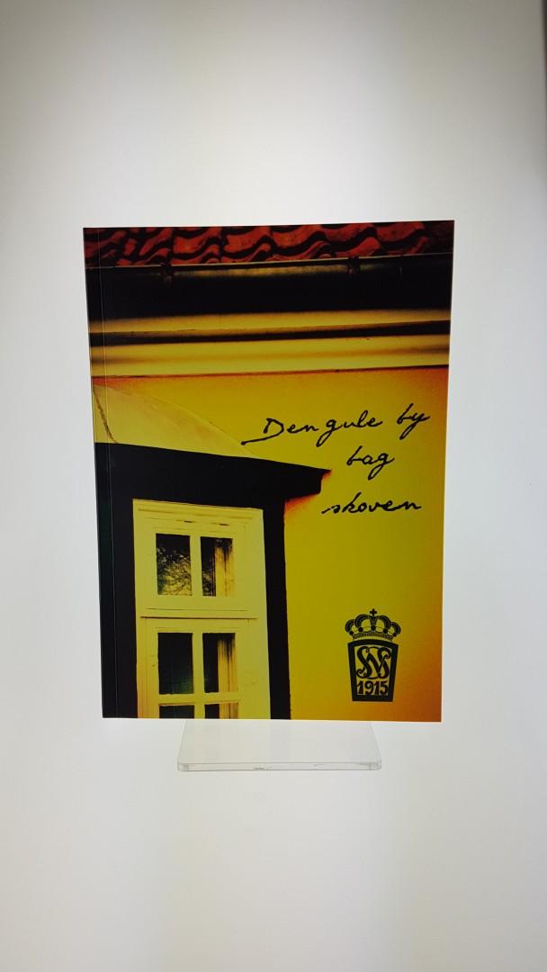 Den Gule By Bag Skoven – en bog om hospitalet - Køb den i Lokalkompagniet